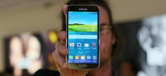Samsung Galaxy S5: England Price Release: The Galaxy S5 Has Some Great   And Some Weird   Software Features